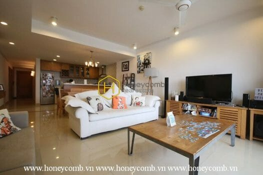 RG22 www.honeycomb 9 result River Garden 3 beds apartment river view for rent