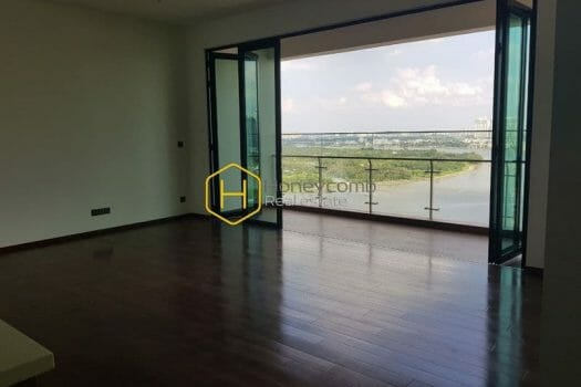 DE10 www.honeycomb 3 result Unfurnished apartment with stunning river view in D'edge