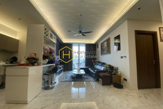 SRC06 www.honeycomb 19 result Elegance is the keyword to describe the stunning beauty of this apartment in Sala Sarica