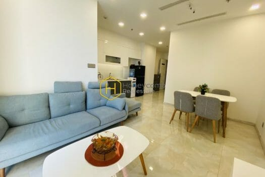 VGR651 5 result 2 Get a fascination with this chic and charming Vinhomes Golden River apartment