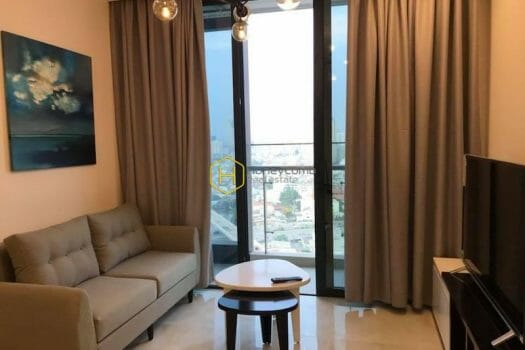 VGR655 1 result Get a fascination with this amazing and charming Vinhomes Golden River apartment
