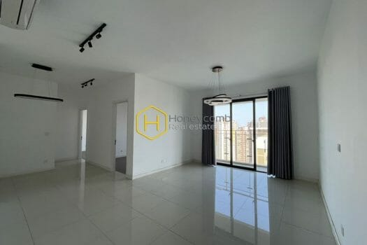 EH415 1 result Suprized with the area and amazing view in this Estella Heights apartment