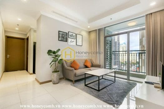 VH1708 5 result Simple and unique - the two creates the Vinhomes Central Park apartment's beauty