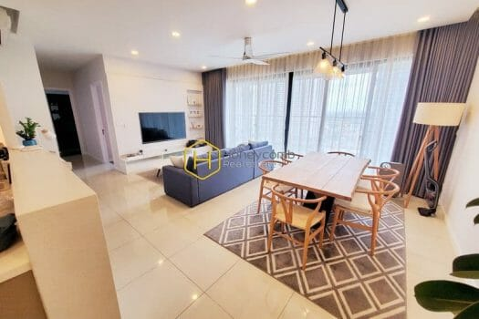 z2507828234000 b6bb40d2f2aa202d2965f066da0aa6c3 result Relax with the quiet riverside view in this modern and luxurious apartment at The Estella Heights