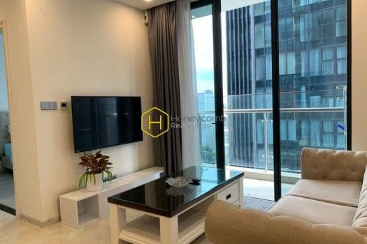 z2510419614256 92346e75797979e1529cf7d94504cfb3 result High class apartment with full amenities and spacious living space for rent in Vinhomes Golden River