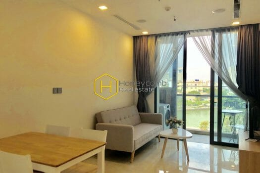 VGR19 10 result 1 Are you seeking an attractive apartment with nice decoration in Vinhomes Golden River ?